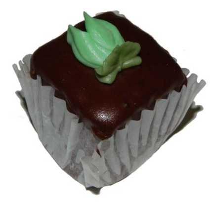 Petit Four - Chocolate Cake