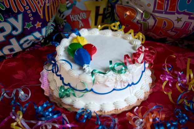 Single Layer Decorated Cake