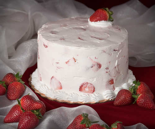 SUGAR FREE Fresh Strawberry Cake
