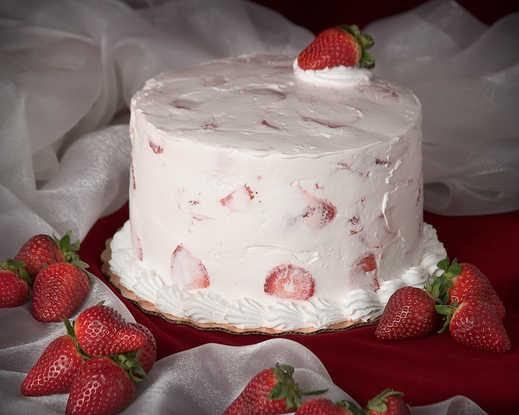 SUGAR FREE Fresh Strawberry Cake