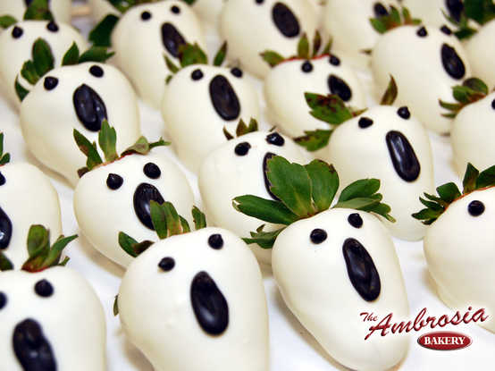 Dozen Ghostly Chocolate Dipped Strawberry's