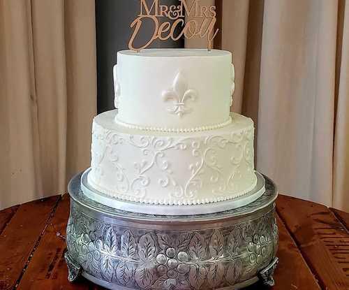 Small to Medium Wedding Cakes