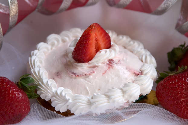 Mini Fresh Strawberry Pie