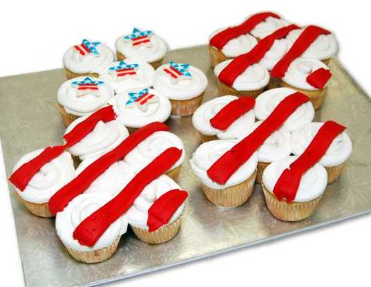 Stars & Stripes Cupcakes - 2 Dozen