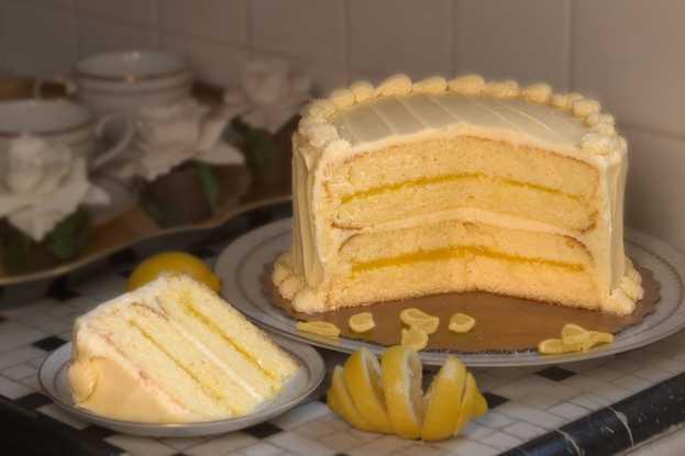 Lemon and Cream Cheese Cake